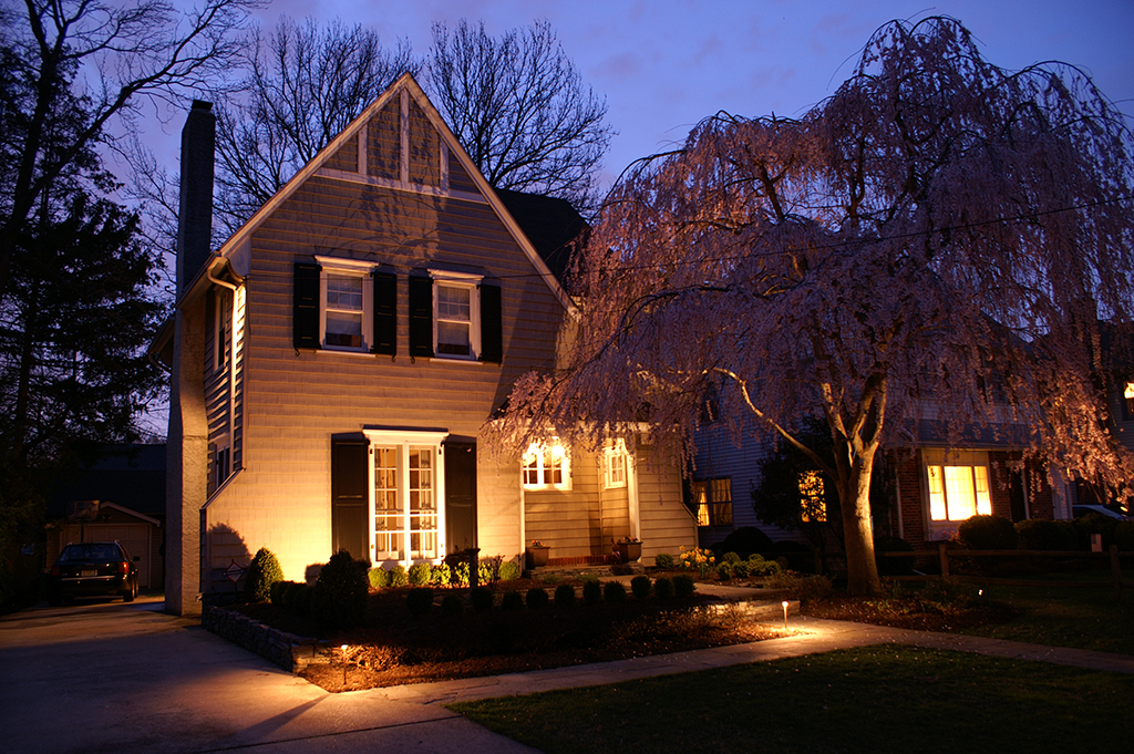 Landscape Lighting by PINNACLE photo 6